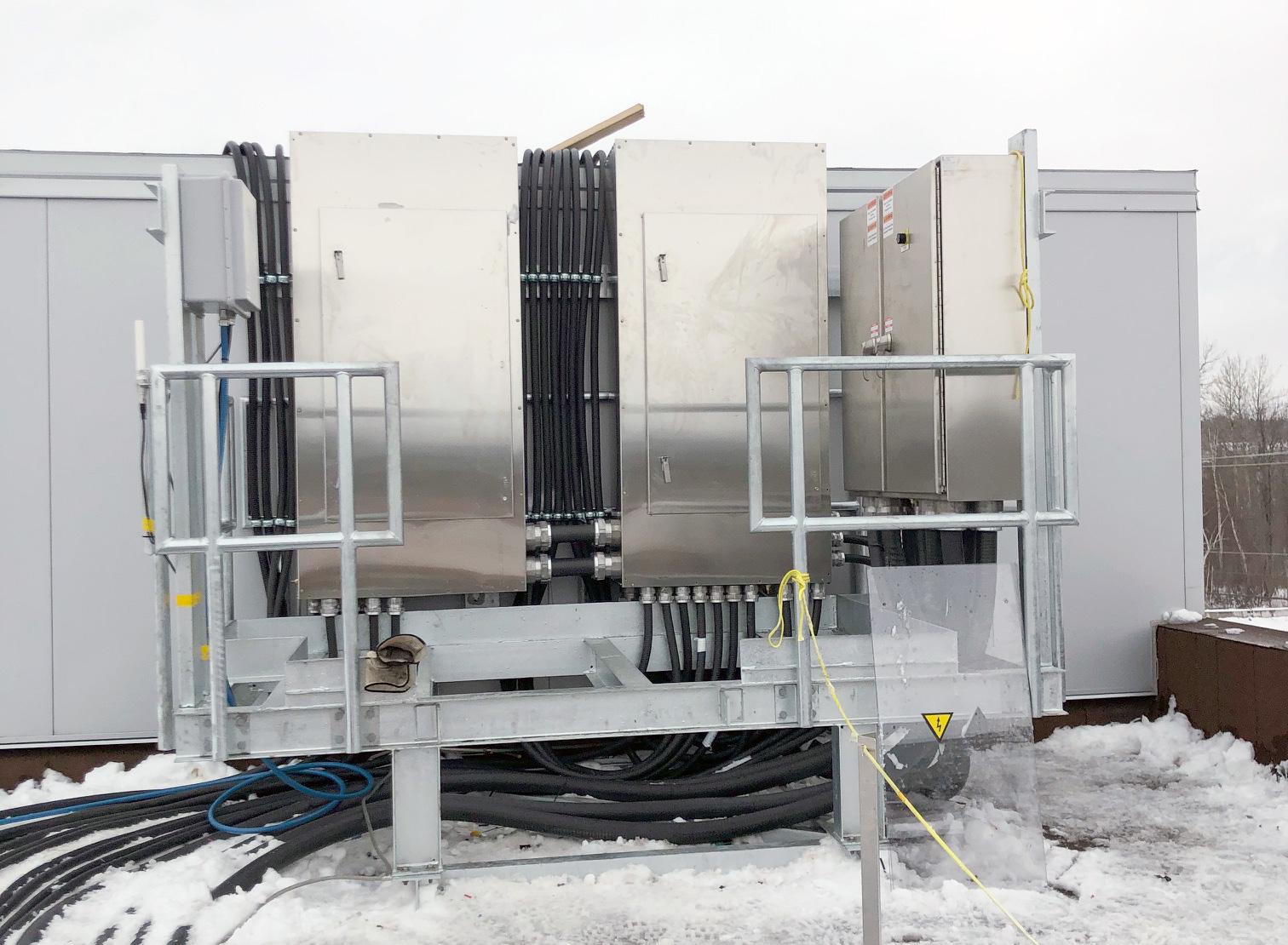 Plateforme pour support de panneaux électriques | Projets sur mesure | Par ABM enviro.