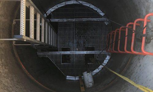 Échelle fixe et palier de sécurité en aluminium | Projets sur mesure | Par ABM enviro.